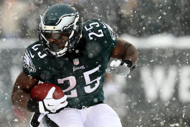 hi-res-454303525-lesean-mccoy-of-the-philadelphia-eagles-carries-the_crop_exact
